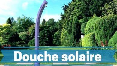 Photo de Meilleures douches solaires 2021- Guide d'achat et avis des experts du camping.